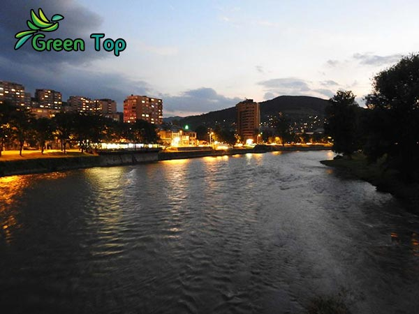 مدينة زينيتسا والأماكن الطبيعية الجاذبة للسياحة